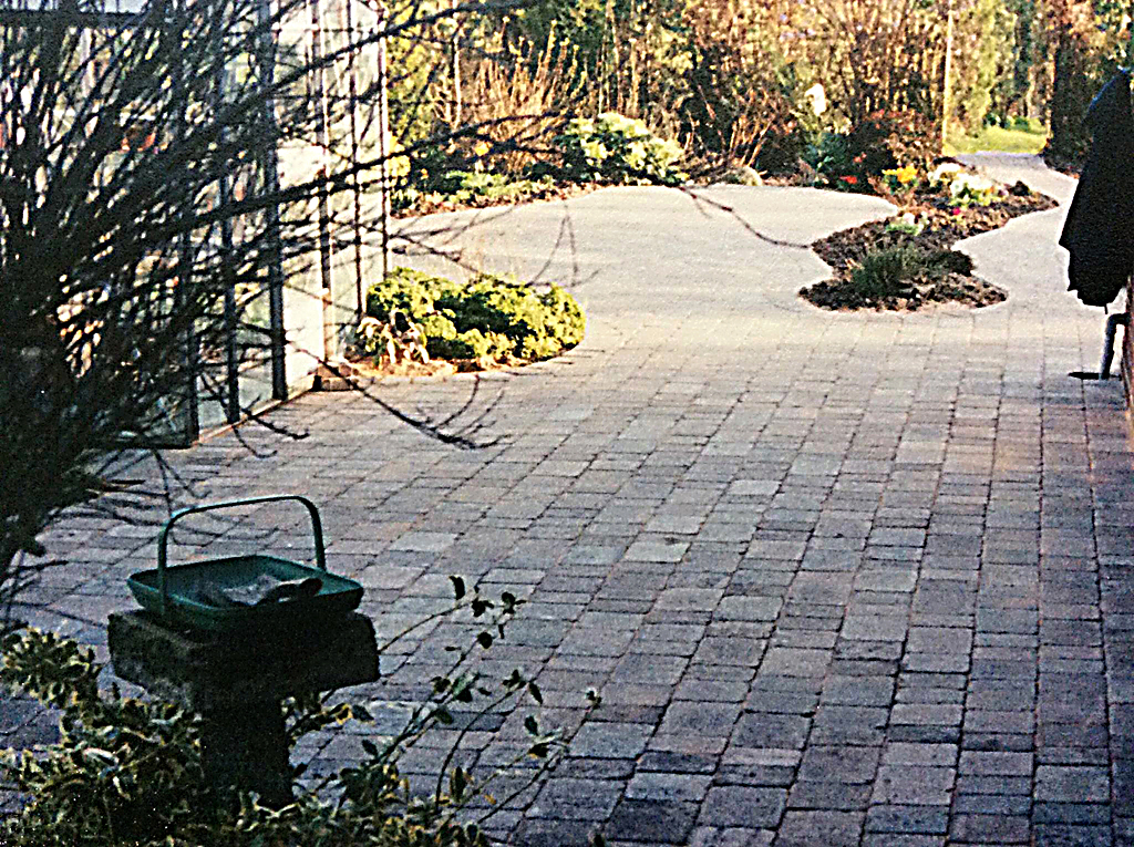 Block paving is not only great for drives but also courtyard type gardens